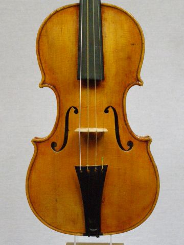 Image of Baroque violin by Ben Ross 2015
